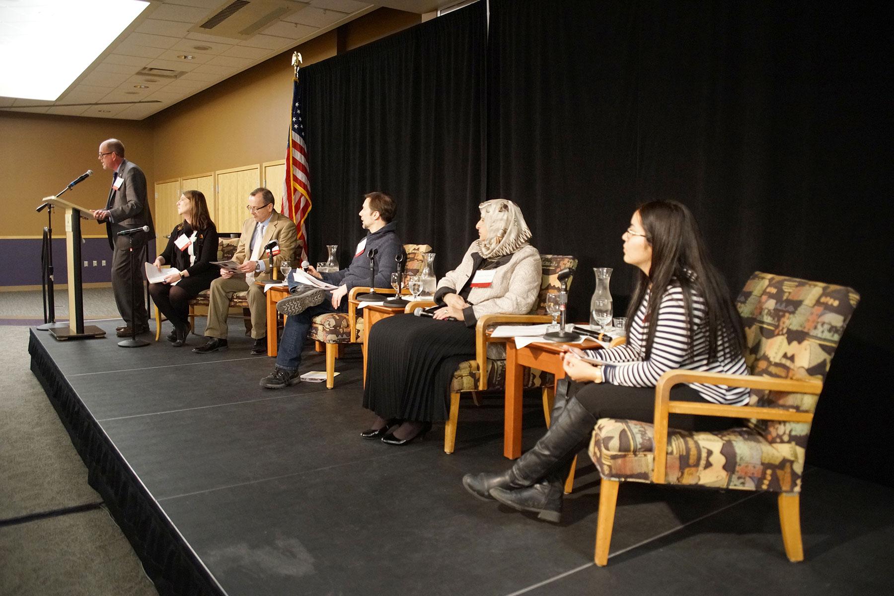 Alverno College Explores Immigrants And Civil Liberties  # Muebles Sivall Sl