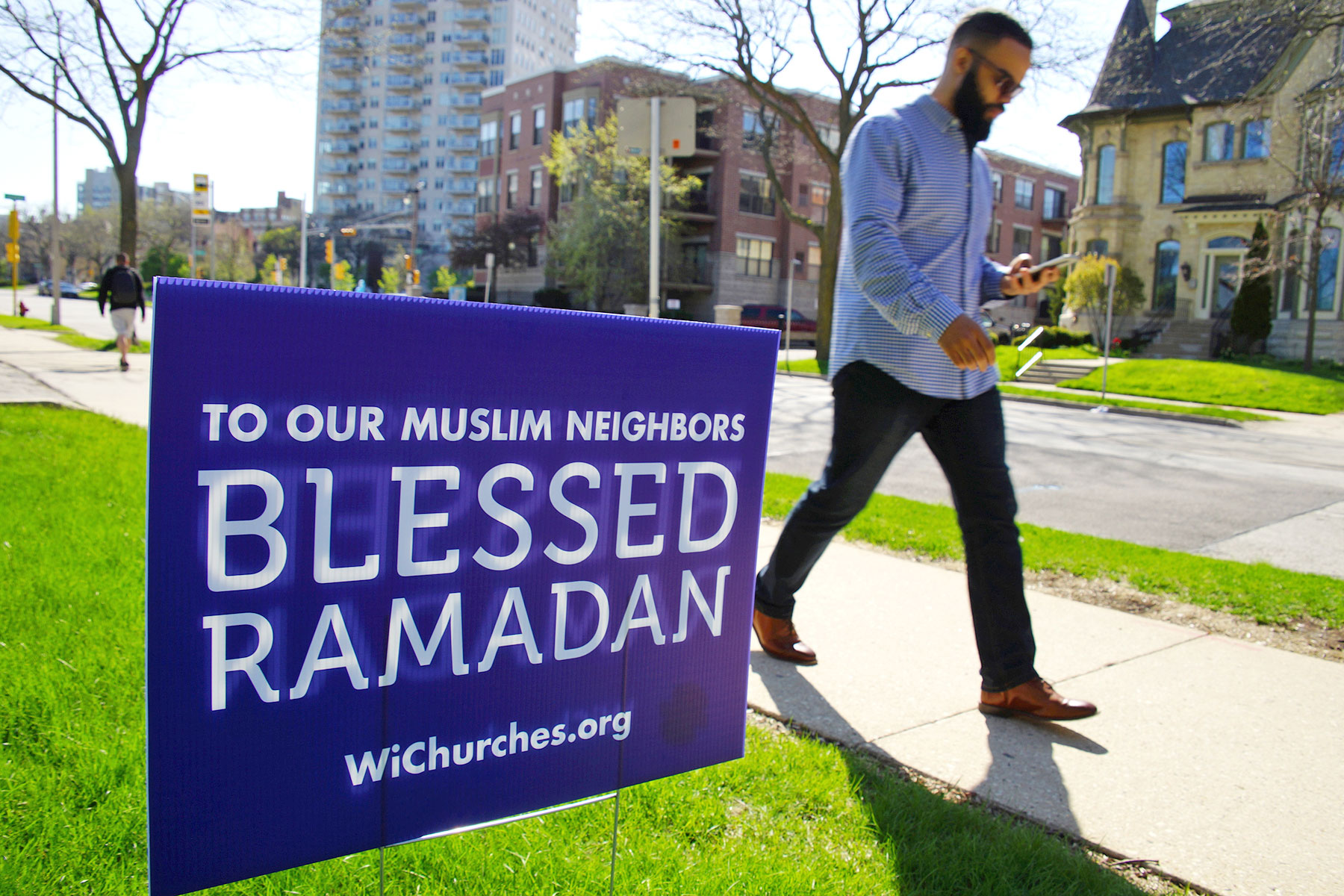 how to support muslim friends during ramadan