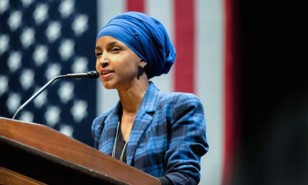 Muslim lawmaker seeks to overturn ban on hats in Congress