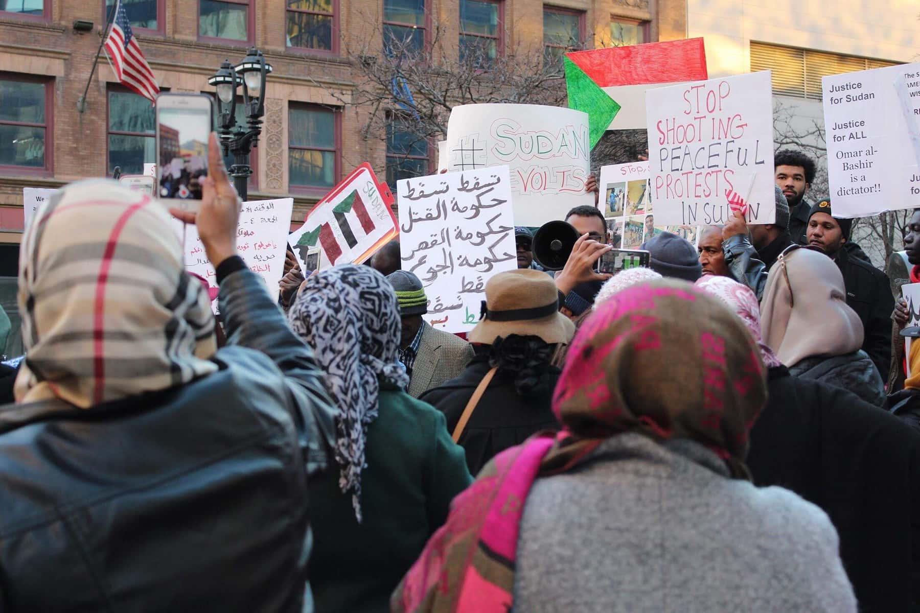 010419_SudanProtest_002