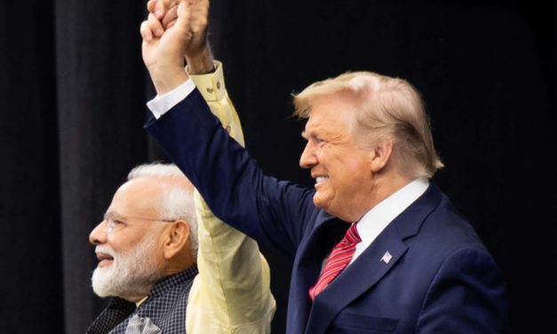 Trump attends Indian PM's rally in Houston