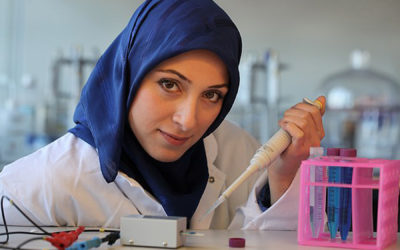 Muslim Scientist's New Tool Can 'Listen to Bacterial Communicate' to Curb Infections