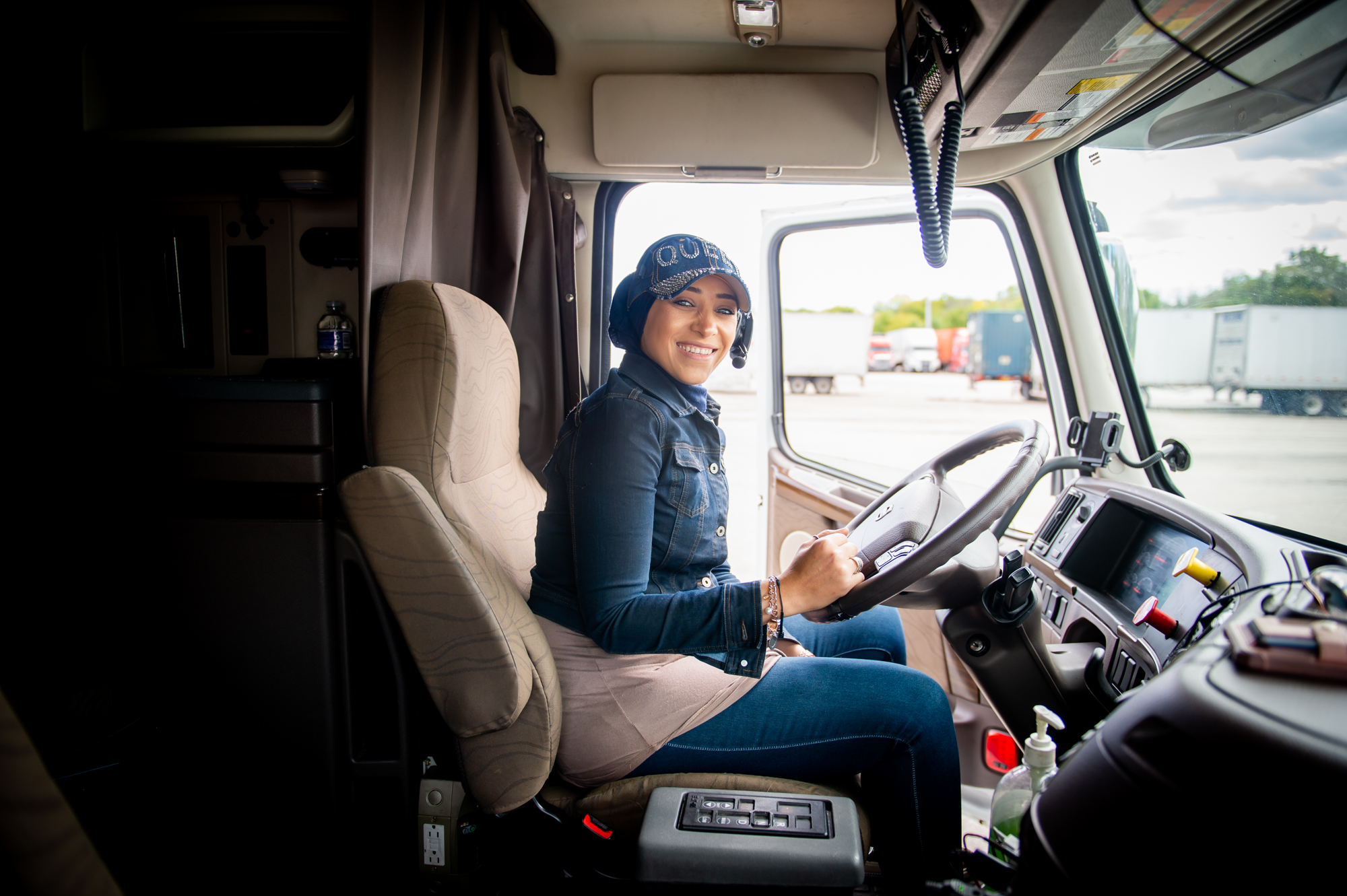 Lady Truck Driver from Jerusalem has Passion for her Job