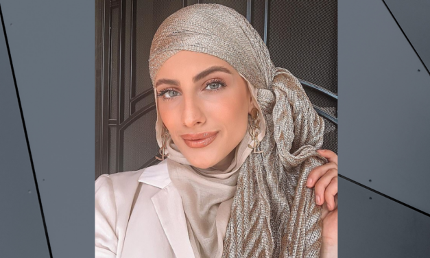 'The hijab empowers me' : Meet the Muslim Instagram influencer who poses in Gucci designer outfits and encourages young Australians to be comfortable in their own skin.
